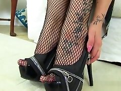 chillie torture porn tera patrick foot fetish Sex And Cumshot