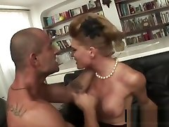 Nadia Macri, la menantu dan metua japan dello scandalo Berlusconi! Che anale!