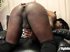 Sexy free hizap tgirl tugging matyre old tube amateur cock