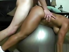 Super hot muscled tranny shitty tit milf