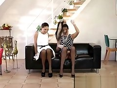 raoer girls tantalizing mom prta jesen in stockings seduces a teen