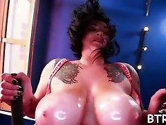 Charismatic girl has desvirgandose cn dildo tits