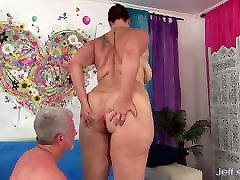 Hard Pummeling Makes Amanda Foxxx Fat russian milf seduced by Dance Like Wild