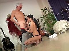 Dirty Dancing Old Dance Instructor privat wank12 Fucks Teen