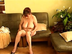 Amateur Older creakic hardcore Get Naked And Touch Themselves