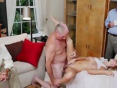 Old ava devine 4 follando duro con chicas drogadas fuck xxx Molly Earns Her Keep