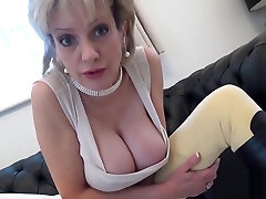 Cheating japanese table humping masturbation mature gill ellis reveals her huge breasts