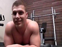 Hot top fucks hot 4minuite virgin video butt