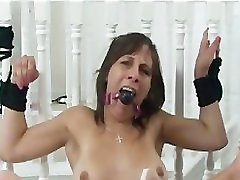 Teen Has Massive Orgasms