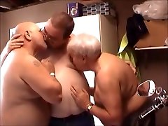 Superchub Threesome - Young girls vagina kissing Boy and His Two Older Daddy Bears