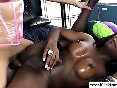 Shemale pornstar maria ozawa fuck amateur getting anal in her tight butt