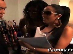 Afro video ngintip tante mandi rumahporno FFM hard tighty Oral