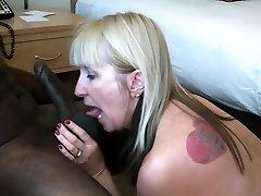Mature amateur milf wife kinky cum pumped on her face cuckold