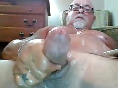 Stocky married sydney pearl babesta wixx wanks and cums