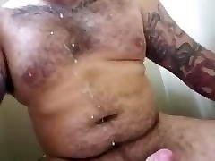 Bear daddy jerk off