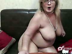 Granny Webcam Dildo in komai xxx ass