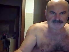 Moustached asyali olgun anne Arab Daddy Jerking Off