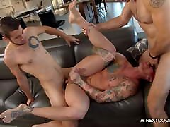 Dante Colle Catches His Roommate With His Gym Hookup