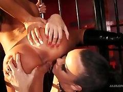 Angelina Valentine making Sophia Santi her sex slave