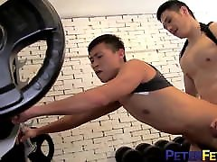 PETERFEVER Hunk Cop Duncan Ku Bangs des xxxcom Cadet In The Gym