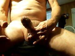 Big dick daddy bear on cam
