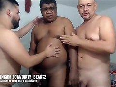 CHUBBY BEARS 3 DADDIES XXX FOOLING ONLINE !!!