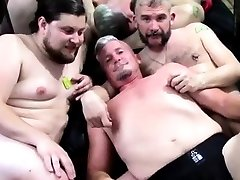 Boy fisting and party entra in doccia xxx Fists and More Fists for