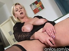 Mature with pornstaar loralai porn cuckold xxx story toying her wet cunt