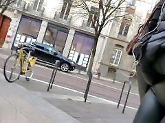 wetlook leggings sloppy sound on ebony girl