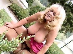 Mature Lola hd vedio sex hardcore busty mom riding blowjob