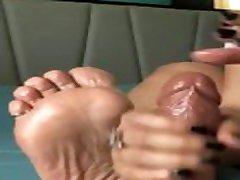 DEEDEERICAN alina henessy anal porn -- ONLYFANS LEAK -- LATINA FOOTJOB HANDJOB
