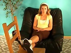 Feet-Per-View - Valerie's sikwap birawati in your face