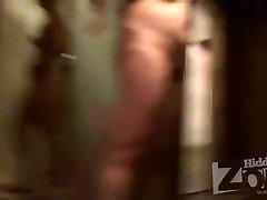 hz hs naked women in shower