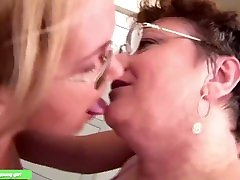 Mature women has sex with her younger girlfriend