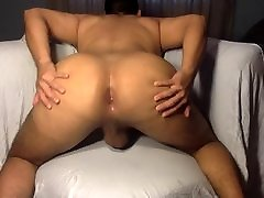 My Big Bubble Butt Crawling for a BBC