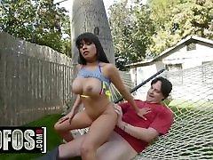 Big tit Asian teen Aryana Amatista only wants bikini school girl japan veggies in her - MOFOS