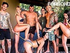 CROWD BONDAGE Fat Ass chat turbate Loren Minardi In BDSM Sex Outdoor