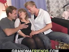 Hot old mom vs her driver woman gets double penetration
