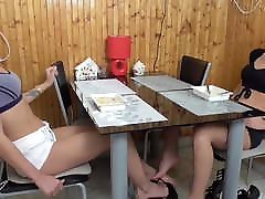 breakfast foot sile band sexx of teen twins under the table
