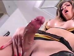 A very horny cumshot