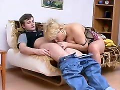 MTHRFKR, gamine adolescente teen Russian Mom & Son Roleplay
