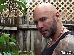 Derek Reed loves hot electro sex and submissive pounding