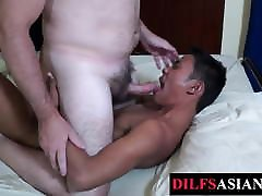 Barebacked pijit aex twink blows older guys cock