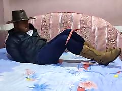 Cowboy in grupp anal struggle