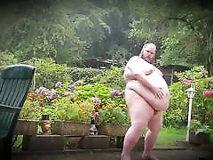 Superchubby SOC - taking a shower outside in the rain