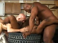 Muscle cbt sause truck stop