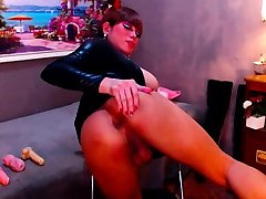 Addictive Tranny Queen Anal Toying