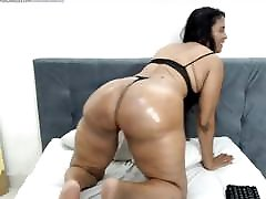 perfect mature milf shakes 2 in 1 stocking lunette 3d on cam