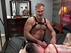 Muscle Bear Porn Bound Downin Pound Town