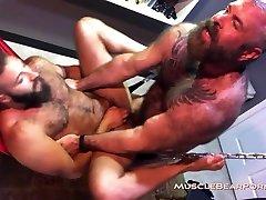 Muscle Bear Porn Fuck That Man